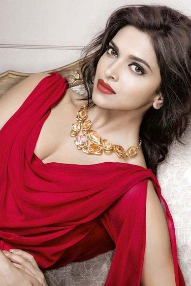 Best Lipstick Shades Of Deepika Padukone