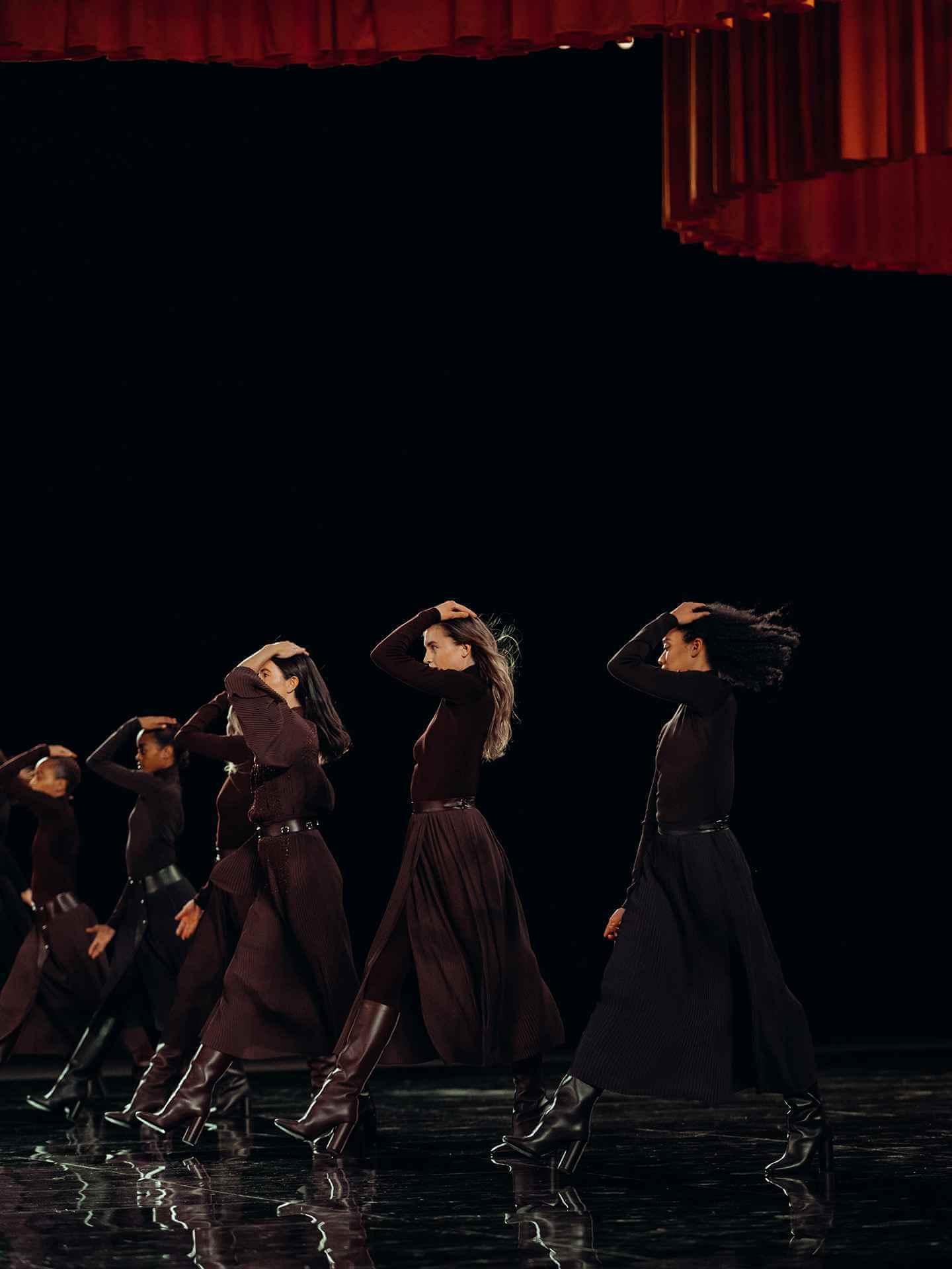 Dance Triptych - Hermès