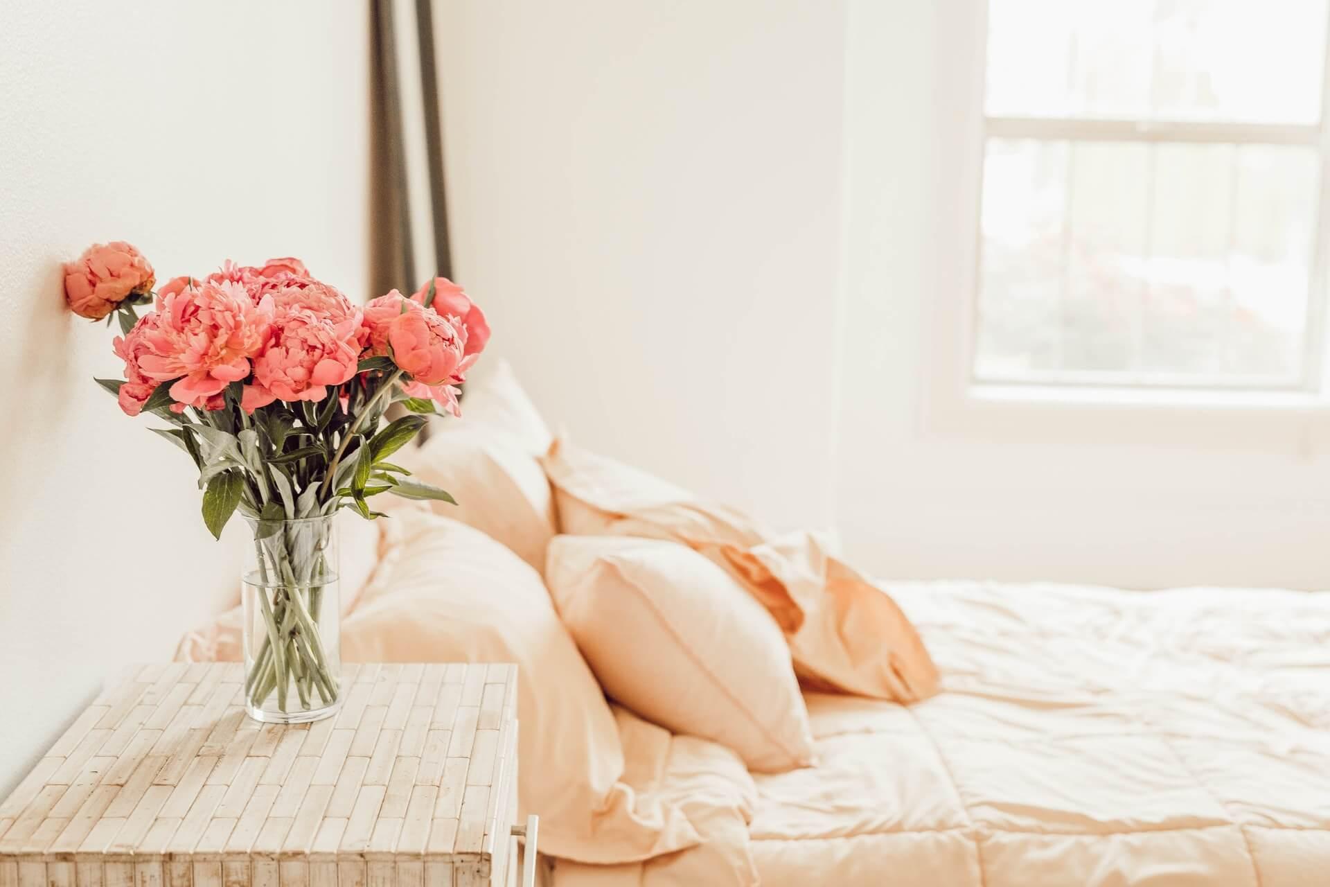 Vause Pink Flowers Bedroom