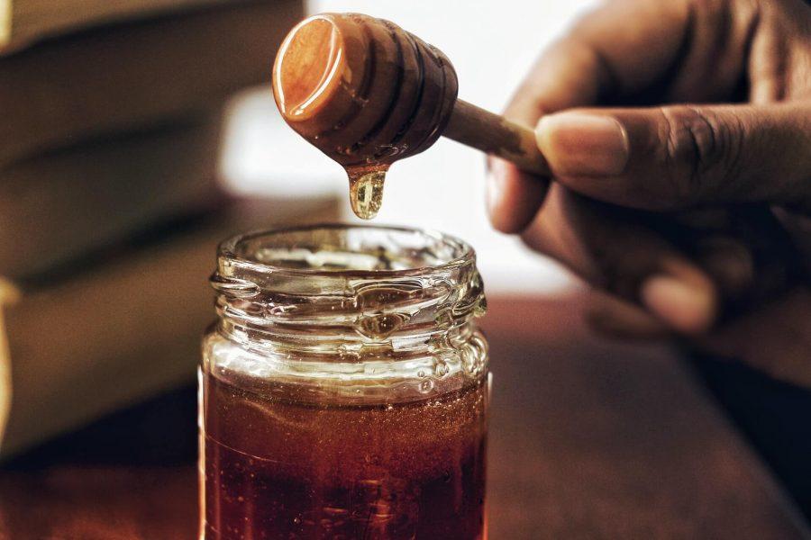 Honey Jar with Honey Comb
